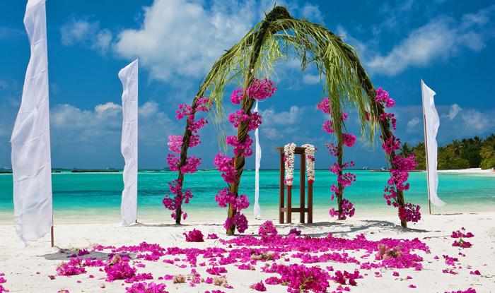 Sheraton Full Moon Resort | Maldivler | Turu | Turları | Otel | Balayı | Erken Rezervasyon |  Promosyonlar | İndirim